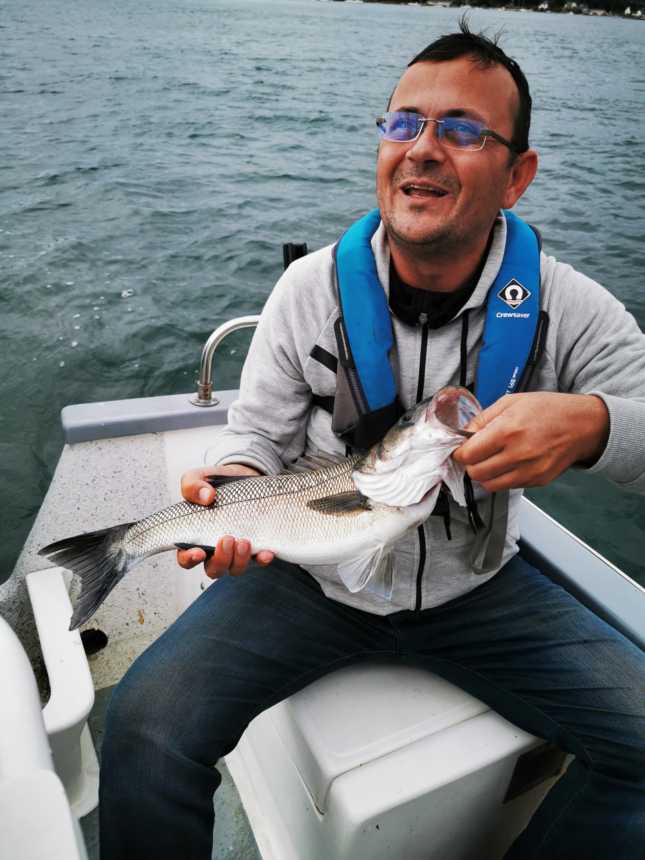 Pierre-Yves Perrodo guide de pêche, Pierre Yves perrodo guide de peche golfe du morbihan, guidagepechemorbihan, perrodo guide de peche ultimate fishing