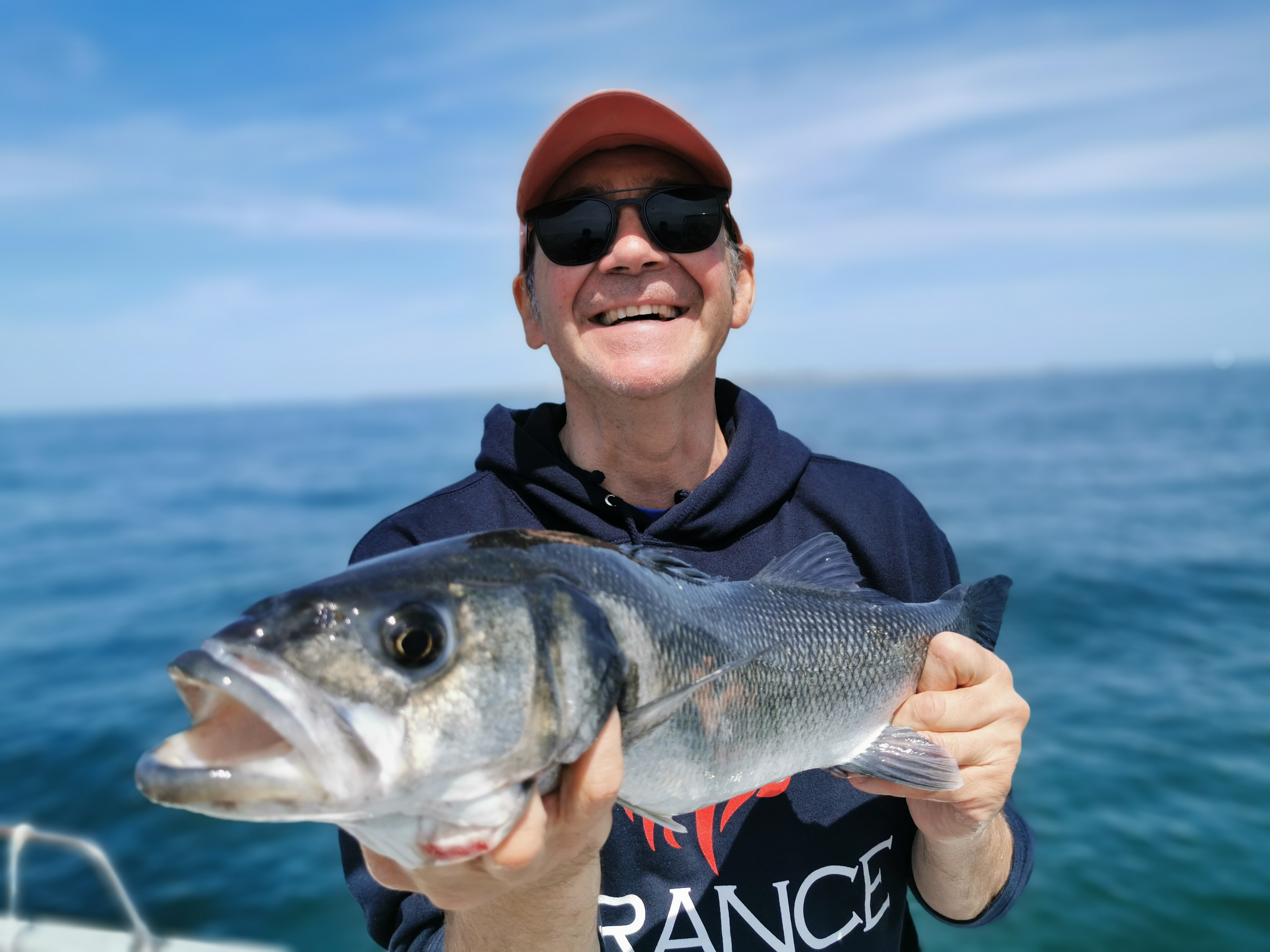 Pierre Yves Perrodo guide de pêche Golfe du morbihan, guide golfe du morbihan, guide peche morbihan, guidagepechemorbihan